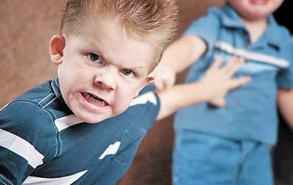 Como ensinar as crianças a lidarem com a raiva