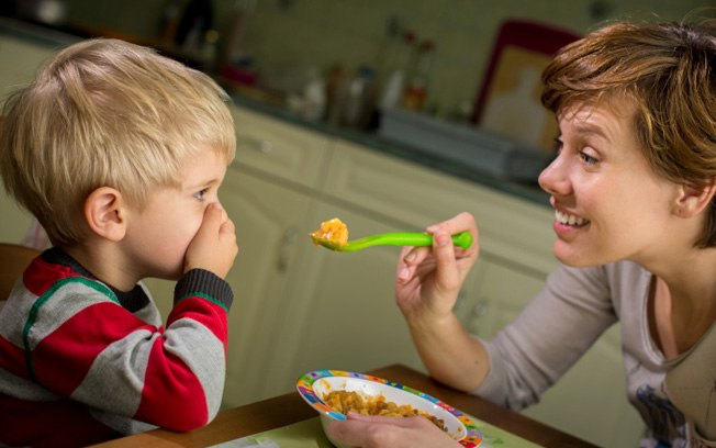 [Entrevista] – Forçar uma criança a comer é falta de respeito