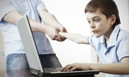 Filhos e tecnologia: uma relação perigosa com o excesso