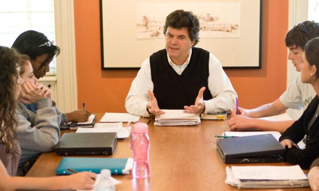 Por que é tão importante ir à reunião de pais?
