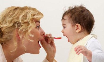 Como entender os sinais de fome e saciedade do seu filho?