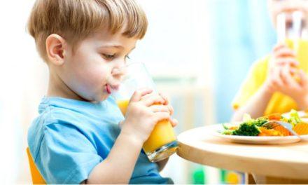 Sucos e frutas: como introduzir na alimentação do meu filho e/ou filha