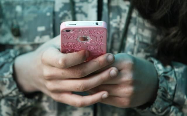'Sexting' entre adolescentes, uma prática que acontece cada vez mais cedo